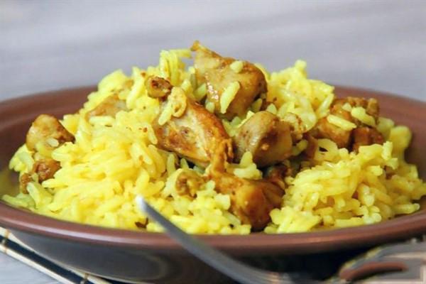 Курица с рисом калорийность