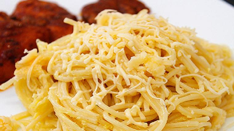 Спагетти с сыром и яйцами