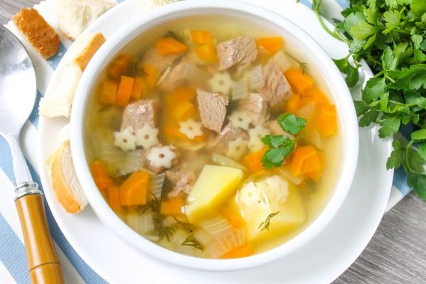 Суп из говядины с вермишелью и картошкой 1