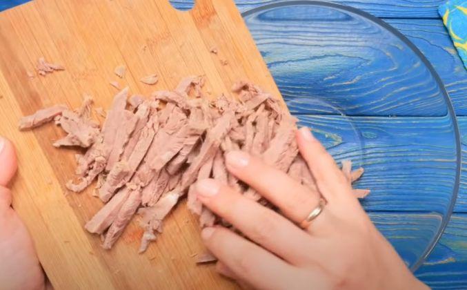 Как приготовить Салат тбилиси с говядиной