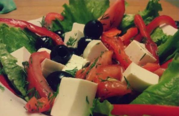 Классический рецепт греческого салата с фетаксой как в ресторане